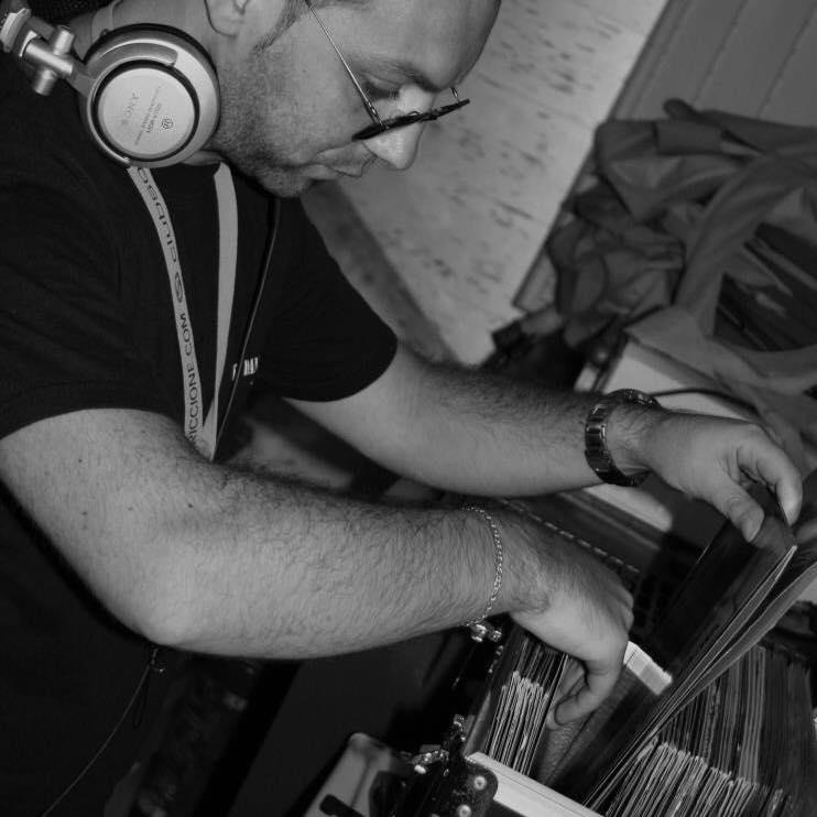 DJ DANNY B